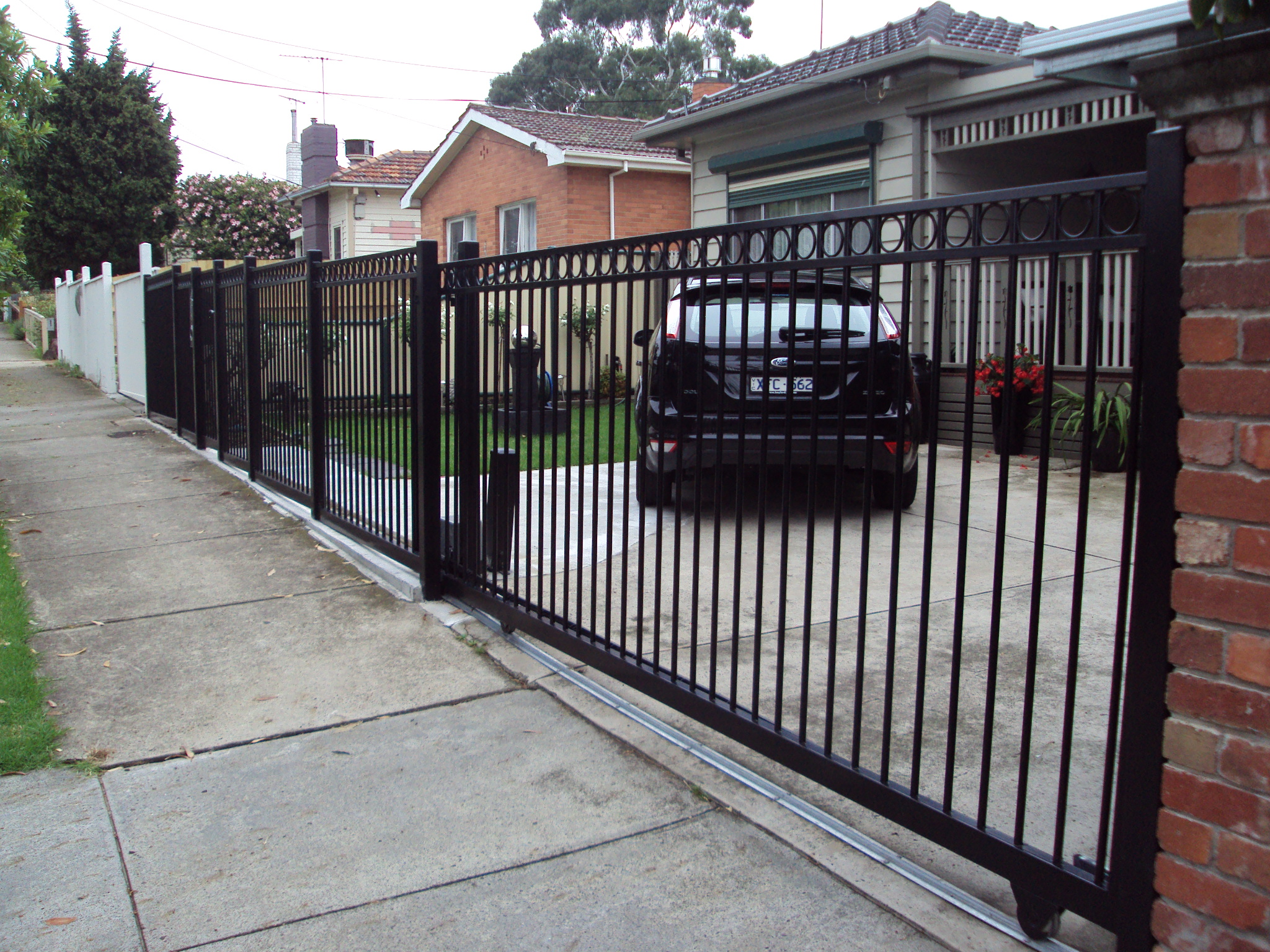 Sliding Gates - Rockingham Home Security